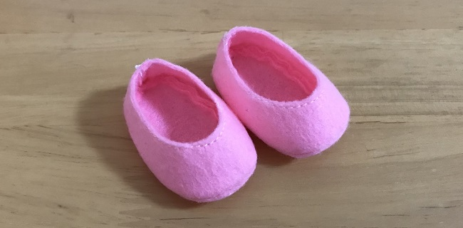 メルちゃんの靴