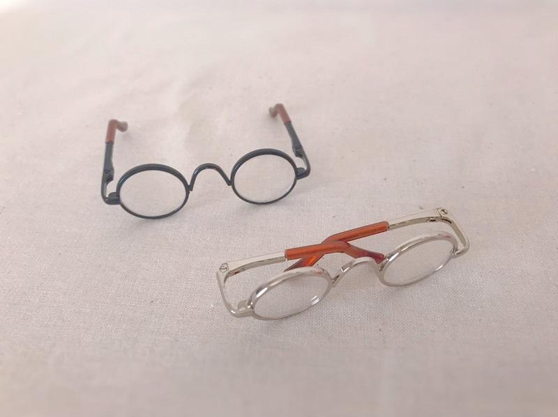 メルちゃんのメガネ